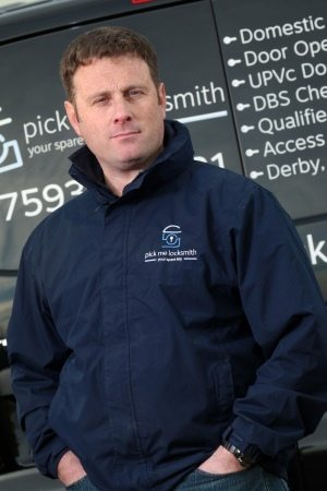 Mark-Santi-Locksmith-CCTV-Installer-Alarm-Fitter-Access-Control-Systems-Nottingham